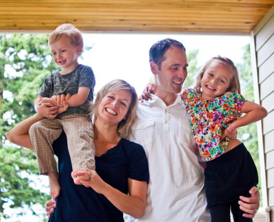 Dentist, Aaron Cooley with his Family near Bellevue, WA